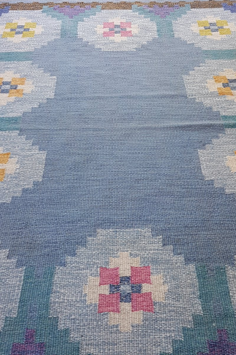 schwedischer blauer vintage r lakan flachgewebe teppich bei pamono kaufen. Black Bedroom Furniture Sets. Home Design Ideas