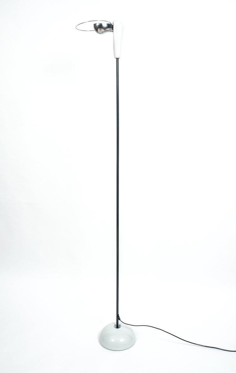 https://cdn10.pamono.com/p/z/1/9/191946_0heu8bx7js/lampada-da-terra-bibip-mid-century-di-achille-castiglioni-per-flos-1976-immagine-1.jpg