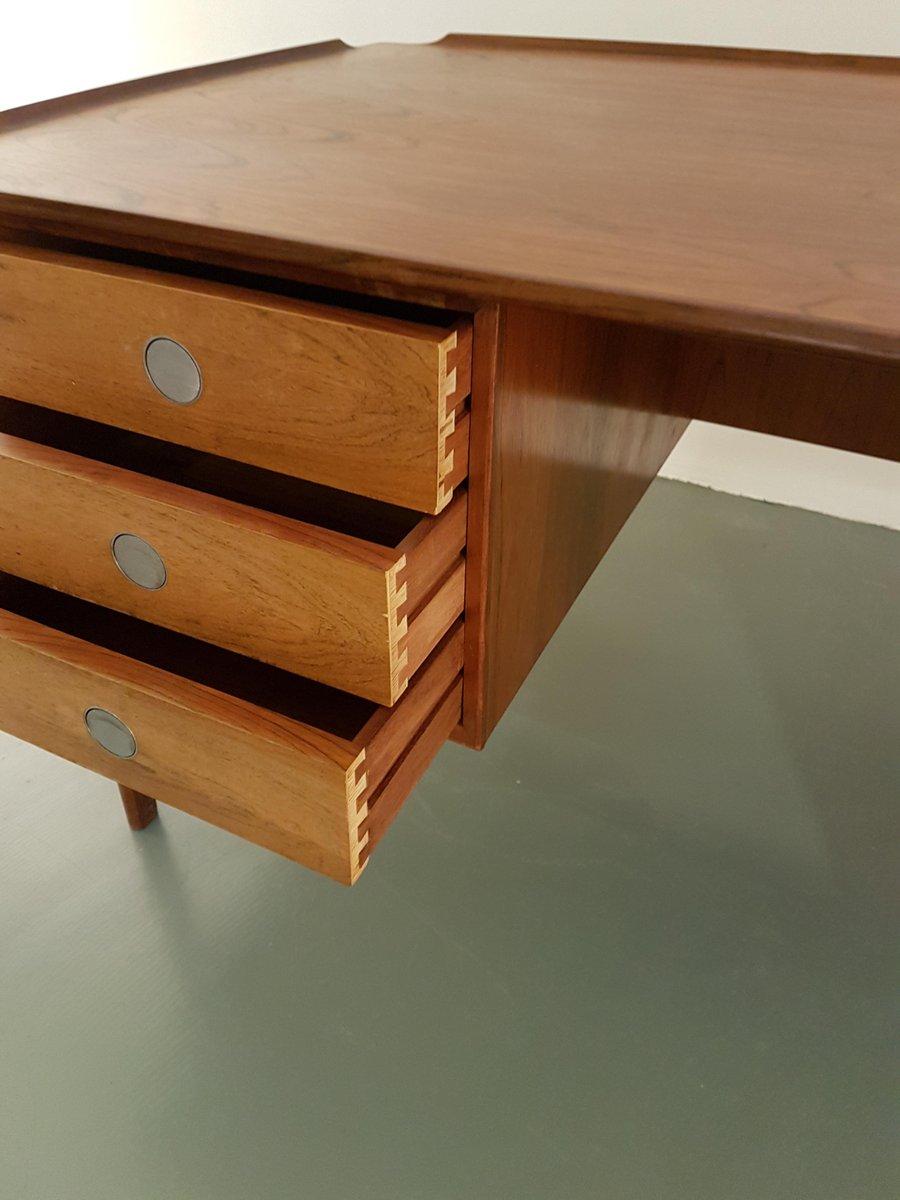 mid century palisander schreibtisch von dyrlund denmark 1960er bei pamono kaufen. Black Bedroom Furniture Sets. Home Design Ideas