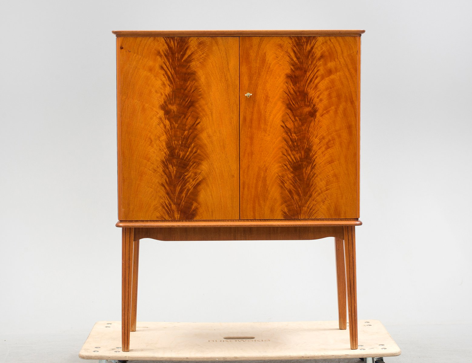 Art Deco Nordic Flame Cabinet
