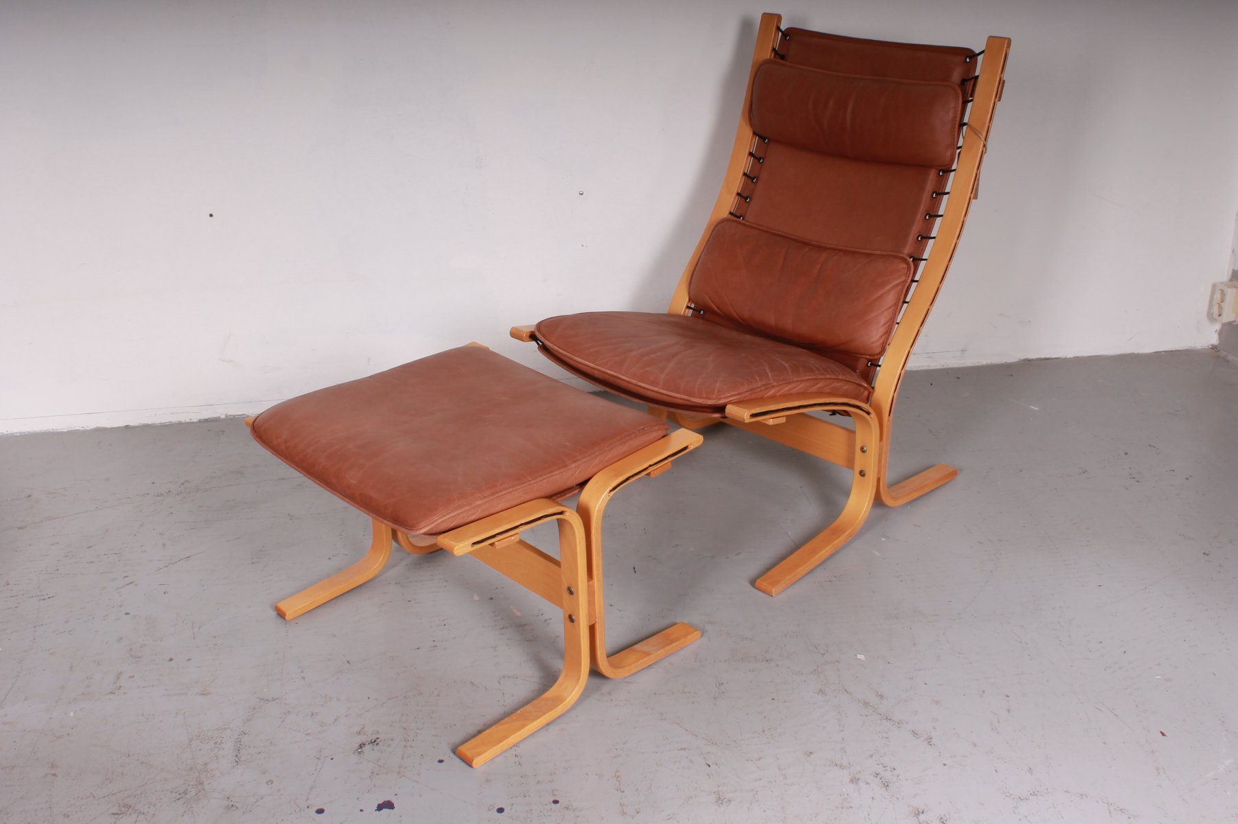 vintage siesta chair with ottoman by ingmar relling for westnofa - Bergroer Sessel Und Ottomane