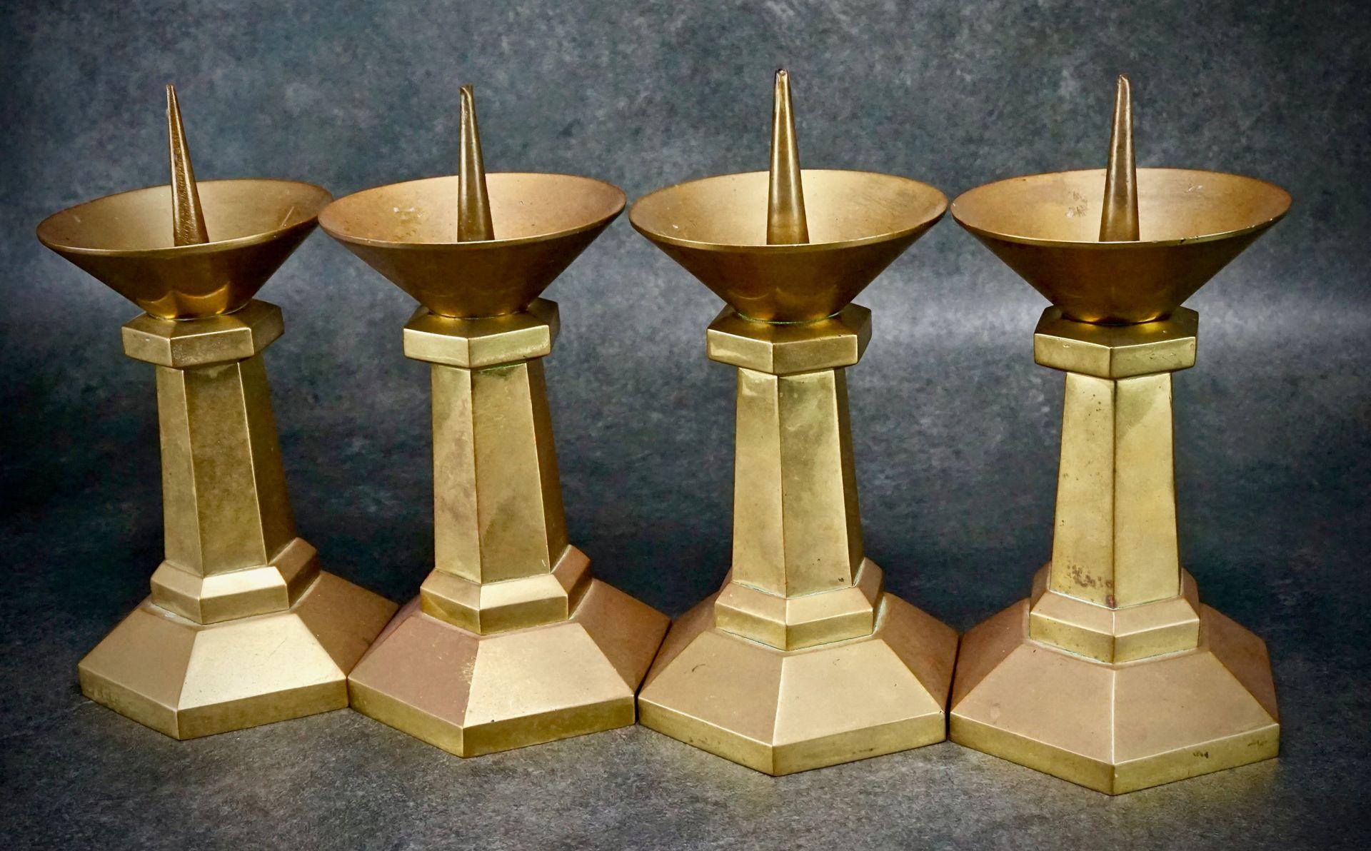 ... Set of 6 church candlesticks ...