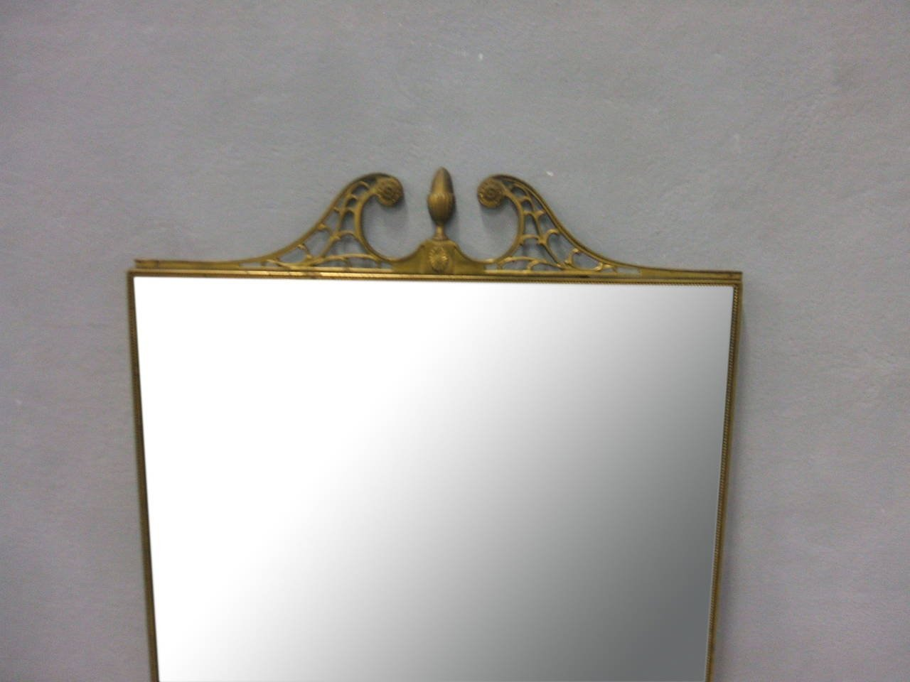Specchio Da Parete Grande Con Cornice In Ottone Italia