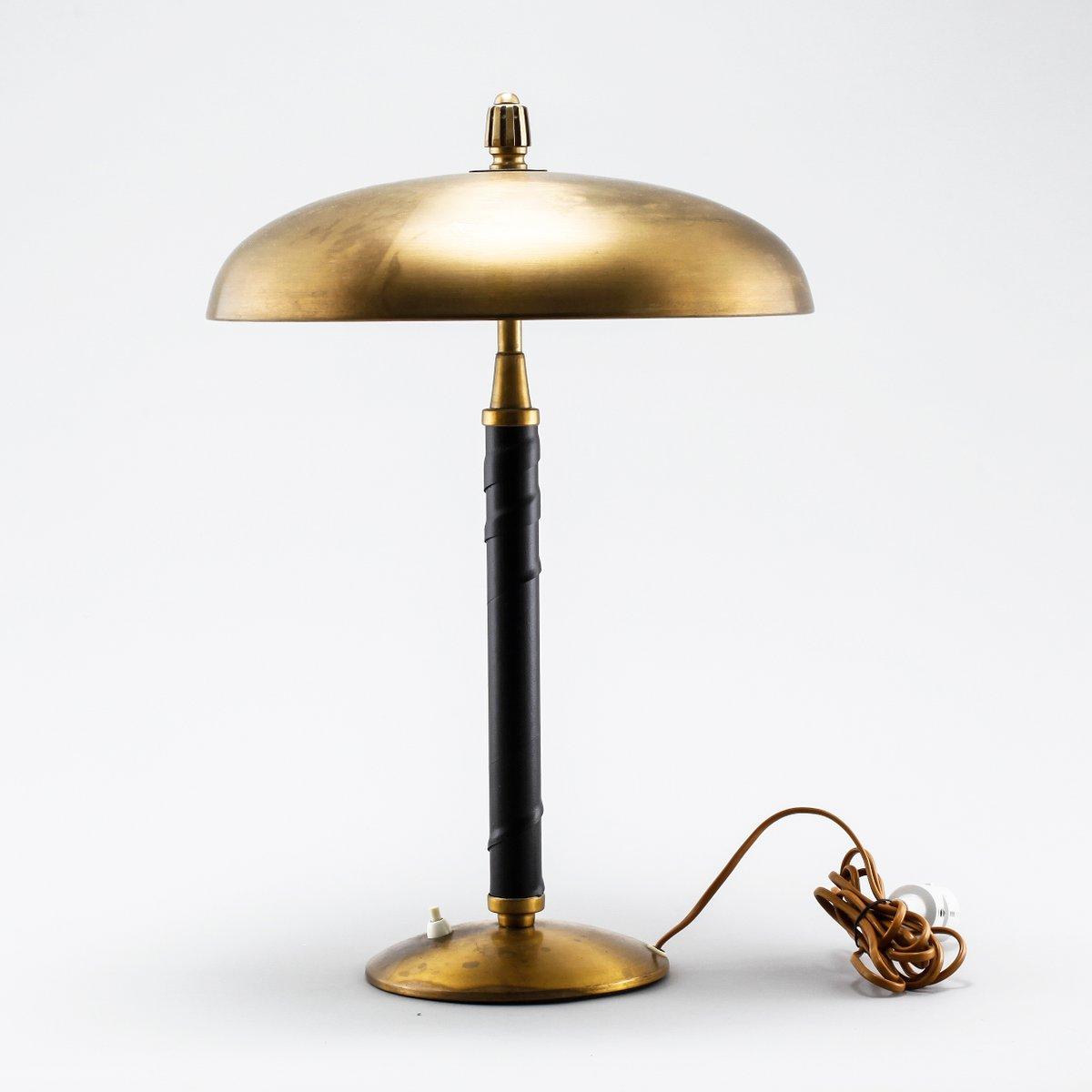 Lampada da tavolo moderna di Einar Backstrom, Scandinavia, anni ...