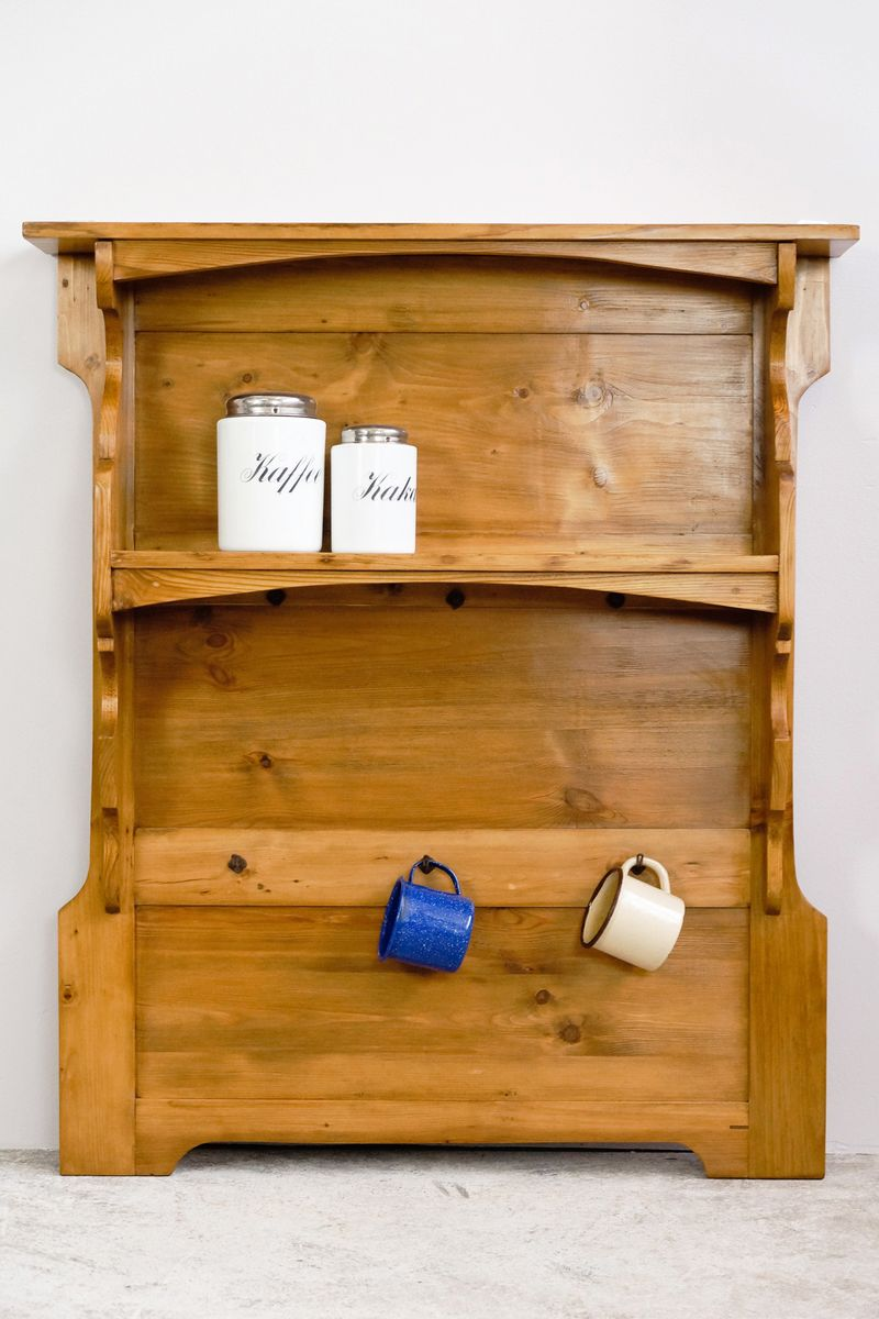 Antique German Kitchen Wood Wall Board Shelf - Antique German Kitchen Wood Wall Board Shelf For Sale At Pamono