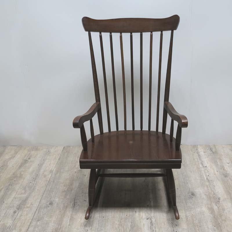 Skandinavischer mid century holz schaukelstuhl bei pamono for Rocking chair schaukelstuhl