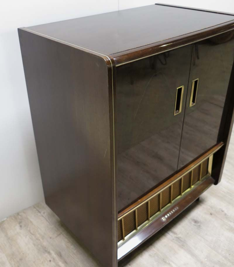 meuble tv avec tag re ajustable 1950s en vente sur pamono. Black Bedroom Furniture Sets. Home Design Ideas