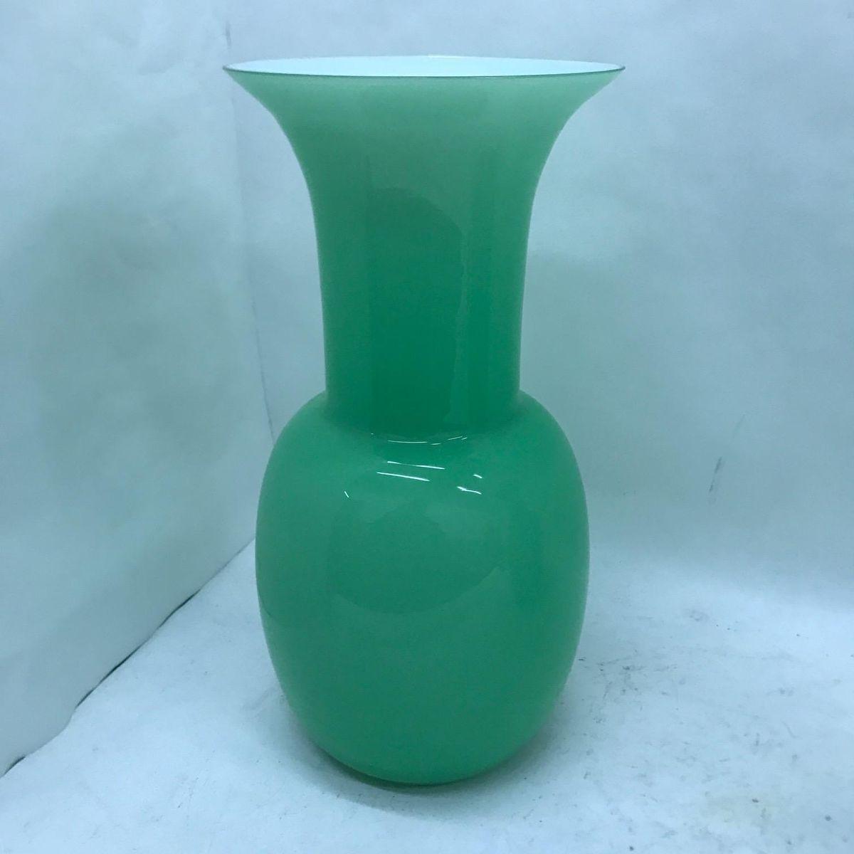Green murano opaline glass vases by aureliano toso 2001 set of 2 green murano opaline glass vases by aureliano toso 2001 set of 2 reviewsmspy