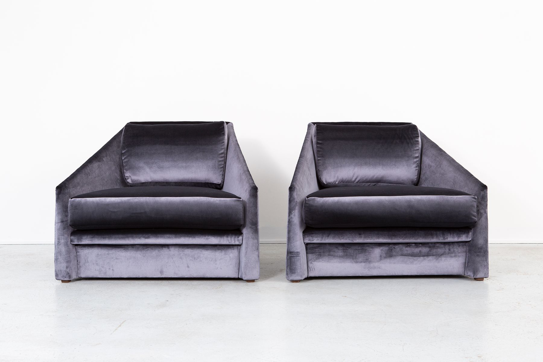 Attractive Velvet Lounge Chairs By Adrian Pearsall For Comfort Designs, 1980s, Set Of  2 For Sale At Pamono