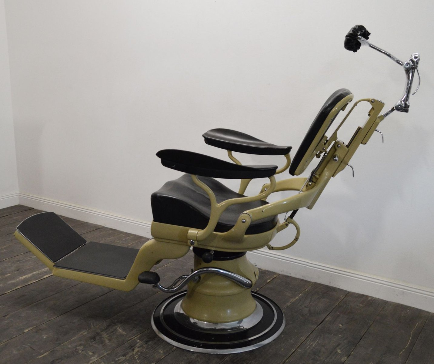 Vintage Dentist S Chair From Sterling For Sale At Pamono