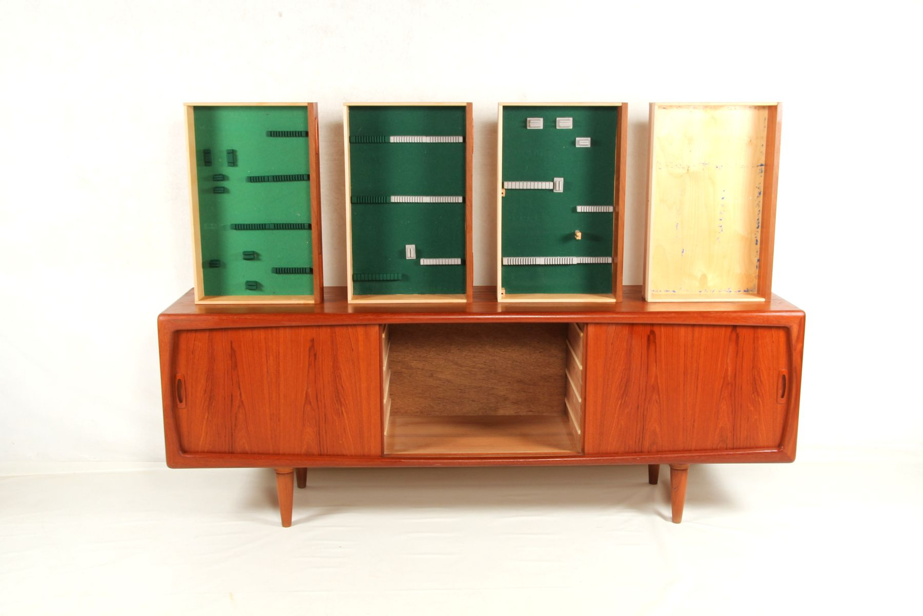 sideboard by h p hansen 1960s for sale at pamono. Black Bedroom Furniture Sets. Home Design Ideas