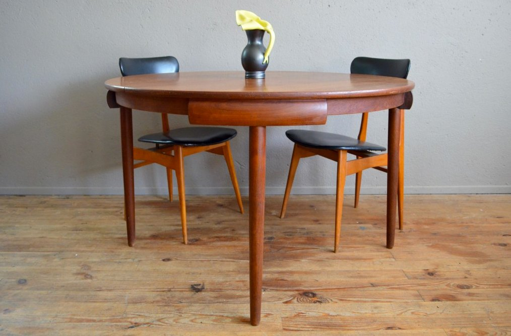 Round Table By Hans Olsen For Frem Rojle 1960s Sale At Pamono