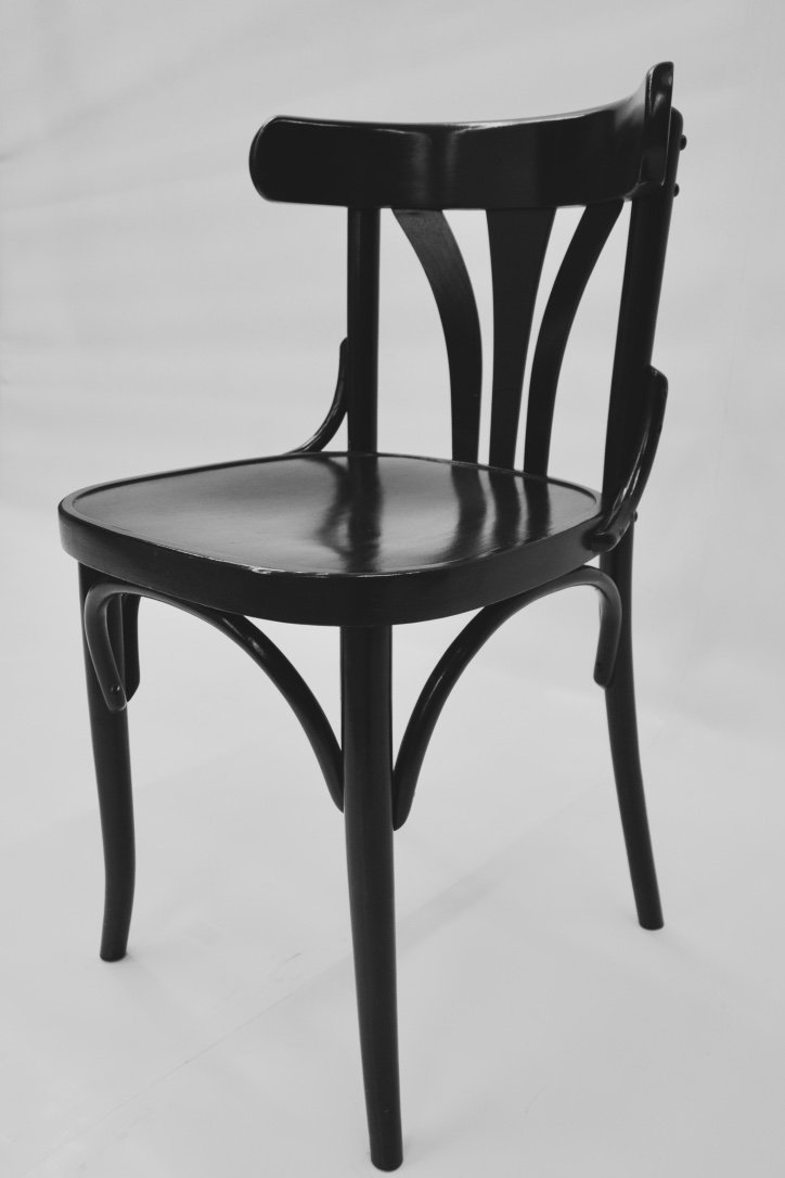 bugholz tisch mit vier bugholz st hlen von thonet 1980er. Black Bedroom Furniture Sets. Home Design Ideas