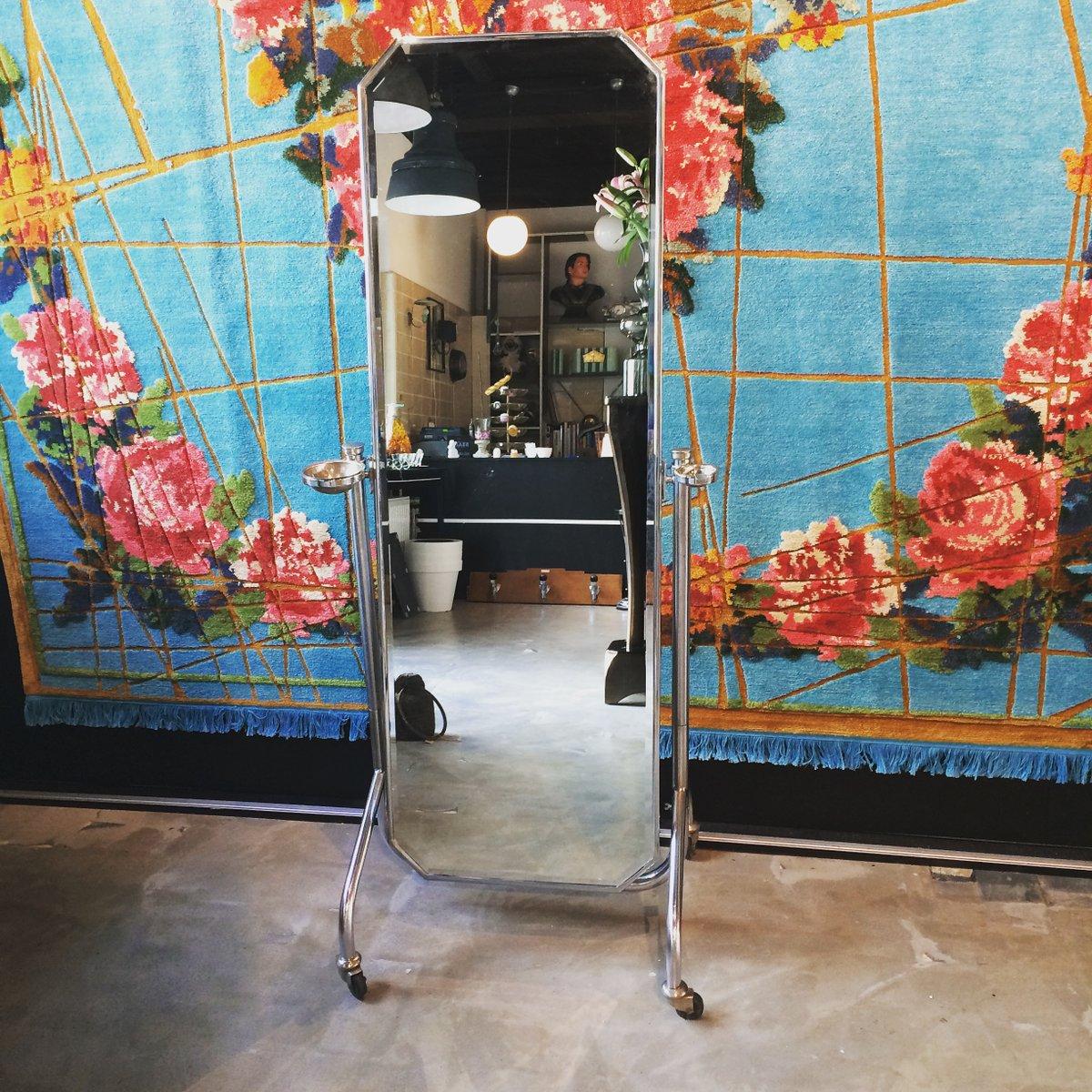 franz sischer vintage standspiegel auf rollen bei pamono. Black Bedroom Furniture Sets. Home Design Ideas