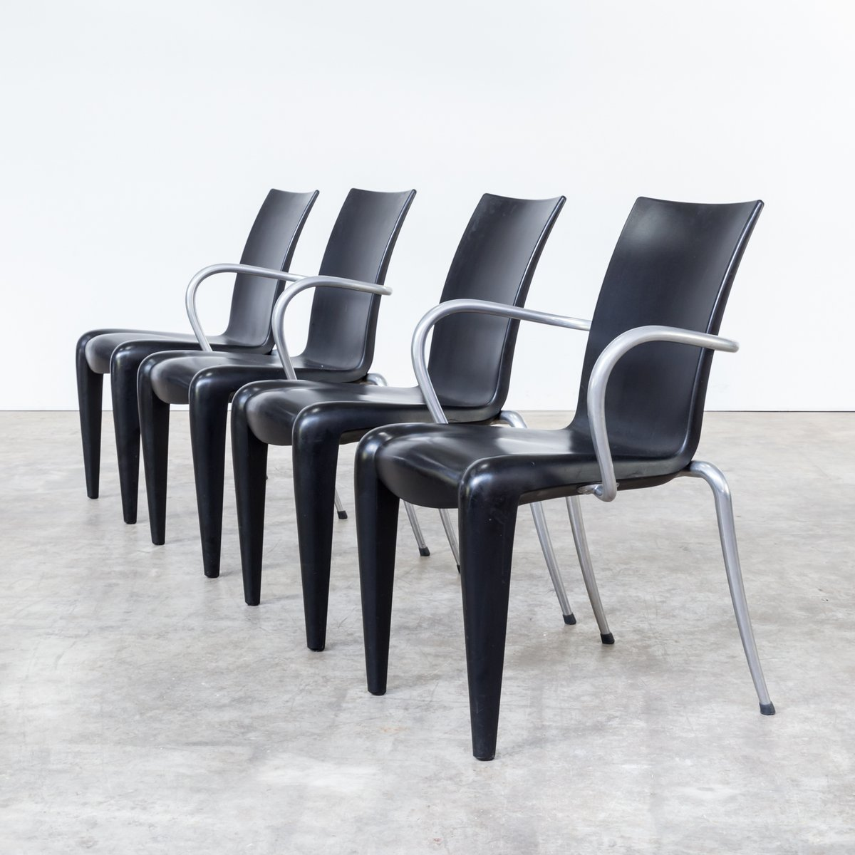 Great Louis Chairs By Philippe Starck For Vitra S Set Of With Philipp  Starck Stuhl