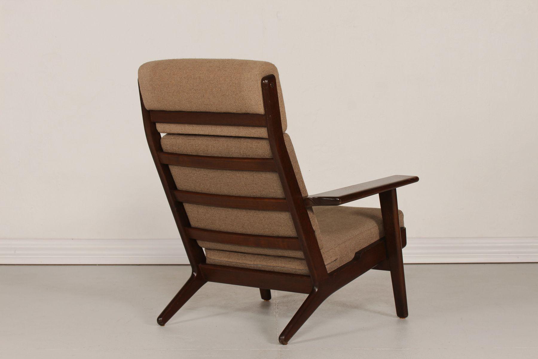 ge 290 high back eiche sessel von hans j wegner f r. Black Bedroom Furniture Sets. Home Design Ideas