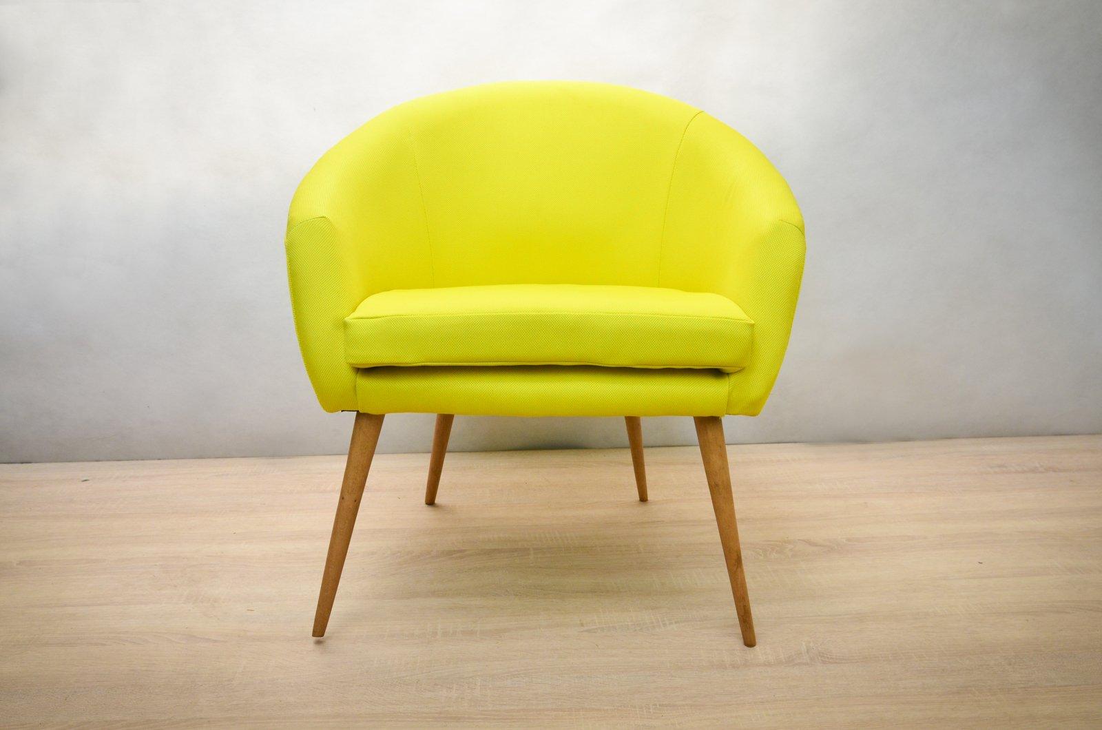 gelbe polnische sessel 1960er 2er set bei pamono kaufen. Black Bedroom Furniture Sets. Home Design Ideas