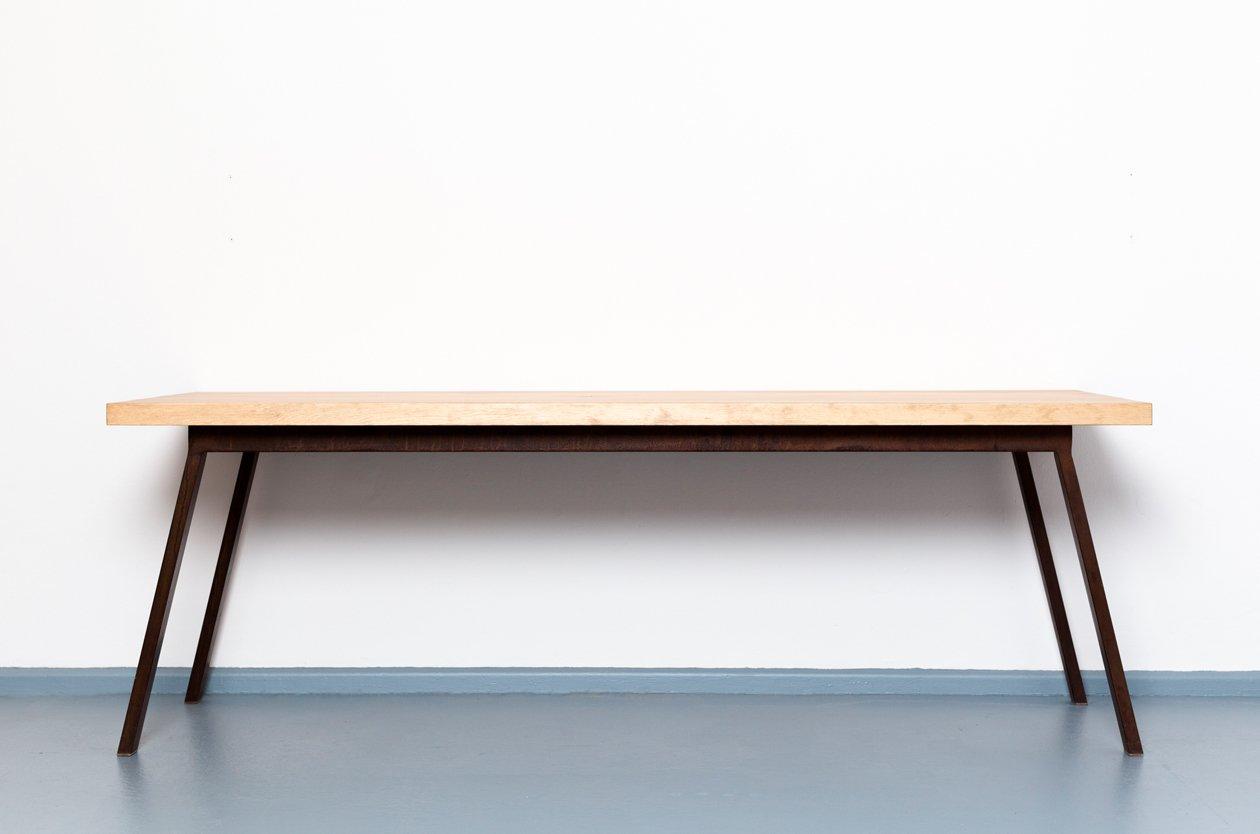 valkenburg tisch aus recycletem holz stahl von. Black Bedroom Furniture Sets. Home Design Ideas