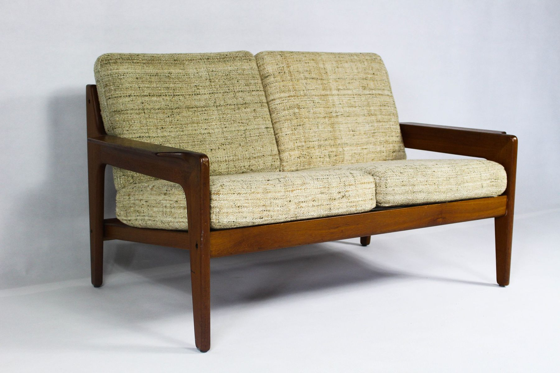 vintage danish beige teak sofa by arne wahl iversen for komfort for sale at pamono. Black Bedroom Furniture Sets. Home Design Ideas