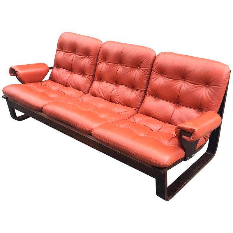 skandinavisches sofa aus laminiertem holz mit orangenfarbenem bezug 1960er bei pamono kaufen. Black Bedroom Furniture Sets. Home Design Ideas