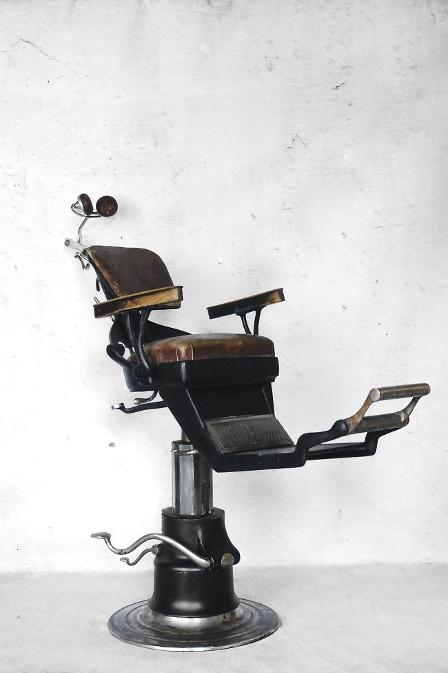 American Industrial Dental Chair from Ritter, 1920s - American Industrial Dental Chair From Ritter, 1920s For Sale At Pamono