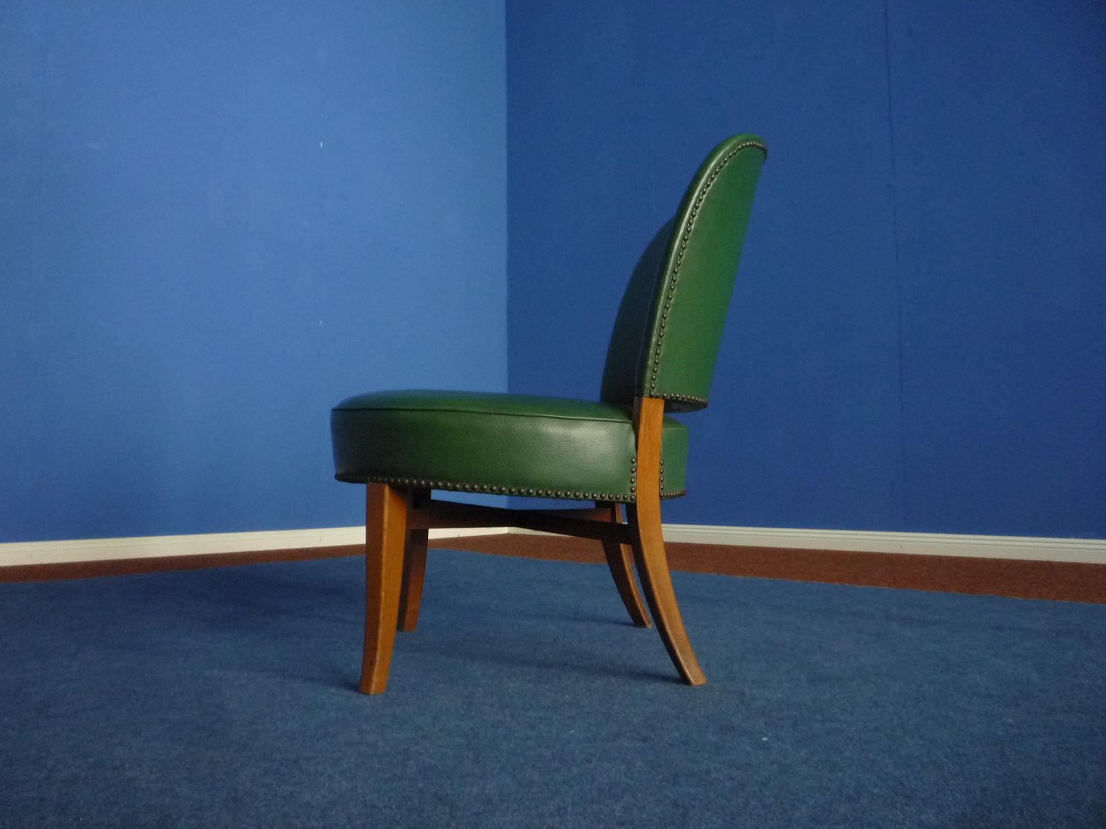 deutscher mid century kunstleder stuhl 1950er bei pamono. Black Bedroom Furniture Sets. Home Design Ideas