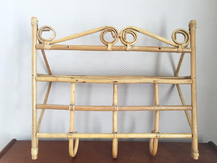 rattan garderobe mit regal 1960er bei pamono kaufen. Black Bedroom Furniture Sets. Home Design Ideas