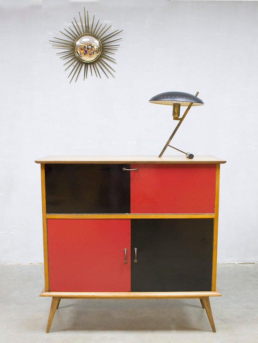 minimalistischer vintage schrank bei pamono kaufen. Black Bedroom Furniture Sets. Home Design Ideas