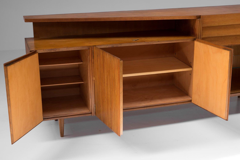 italienisches sideboard aus birnbaumholz 1950er bei pamono kaufen. Black Bedroom Furniture Sets. Home Design Ideas
