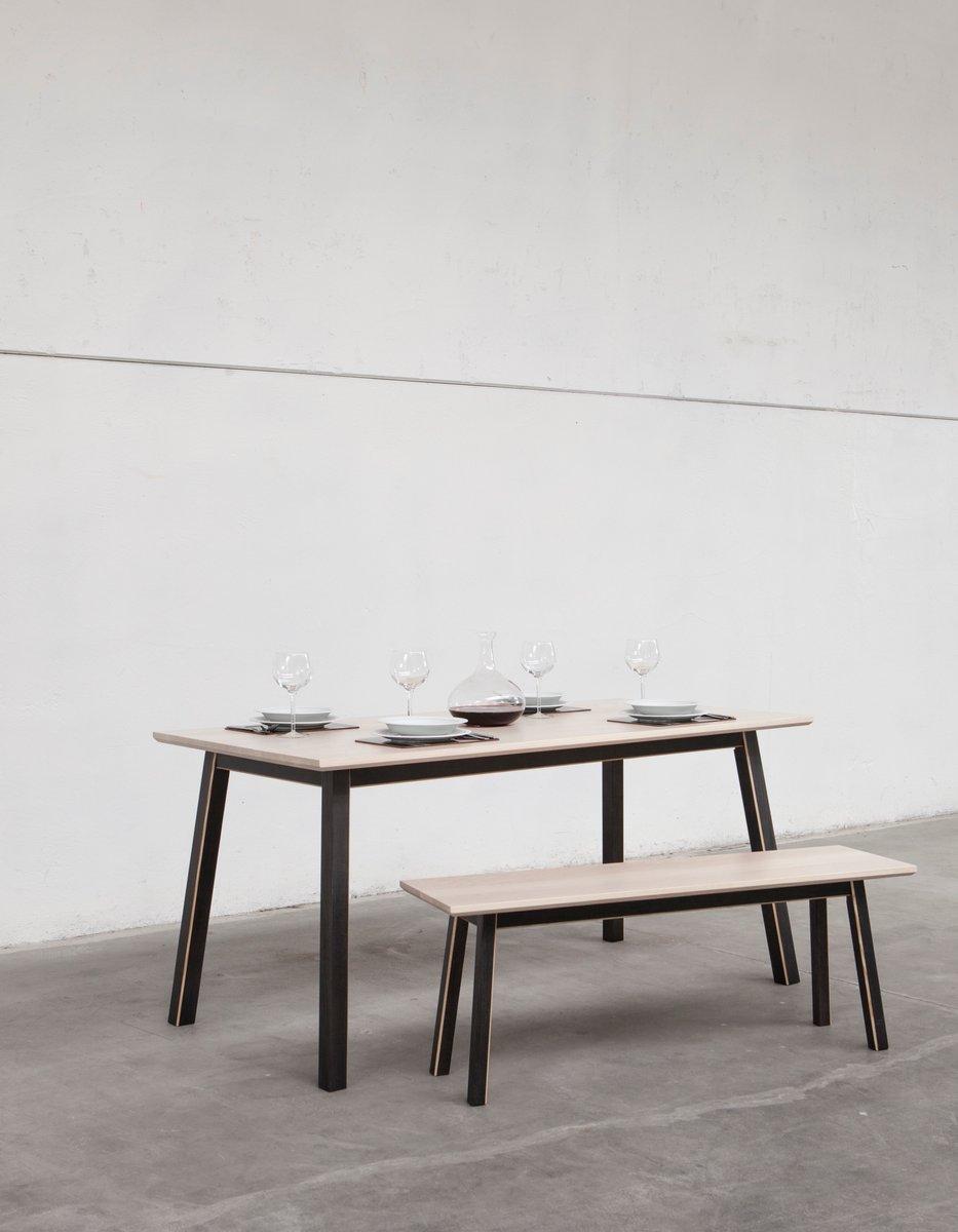 E Manger Petite CS Universal Alexander Table de Dahlia Mueller par à pour r l Salle T1ulFKJc3
