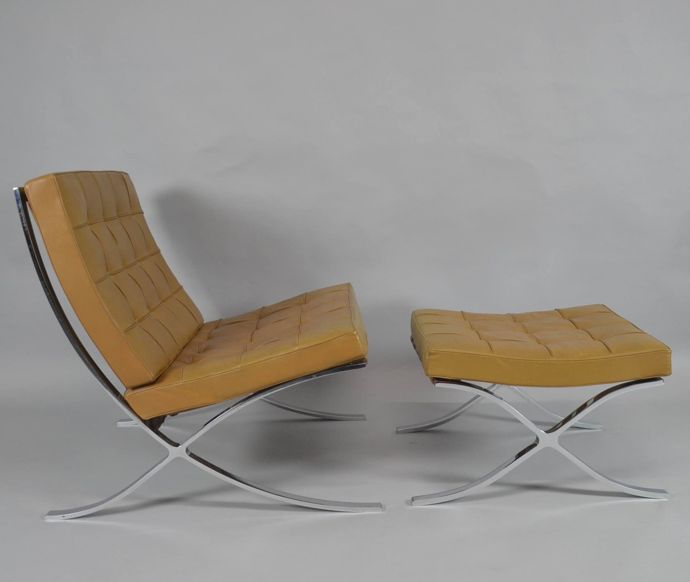 der mies ludwig barcelona of pair knoll van by for rohe international chair chairs lounge