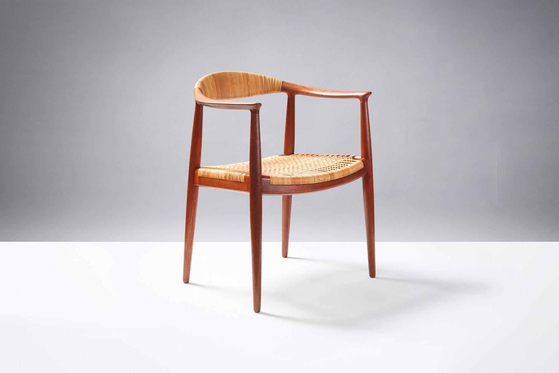 Model Jh 501 The Chair Desk By Hans J Wegner For Johannes Hansen 1949
