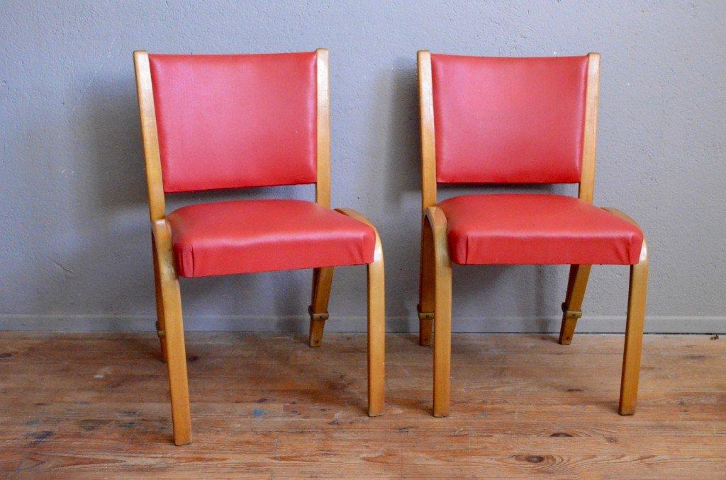 Chaises en bois courb color par wilhelm von bode pour for Chaise bois coloree