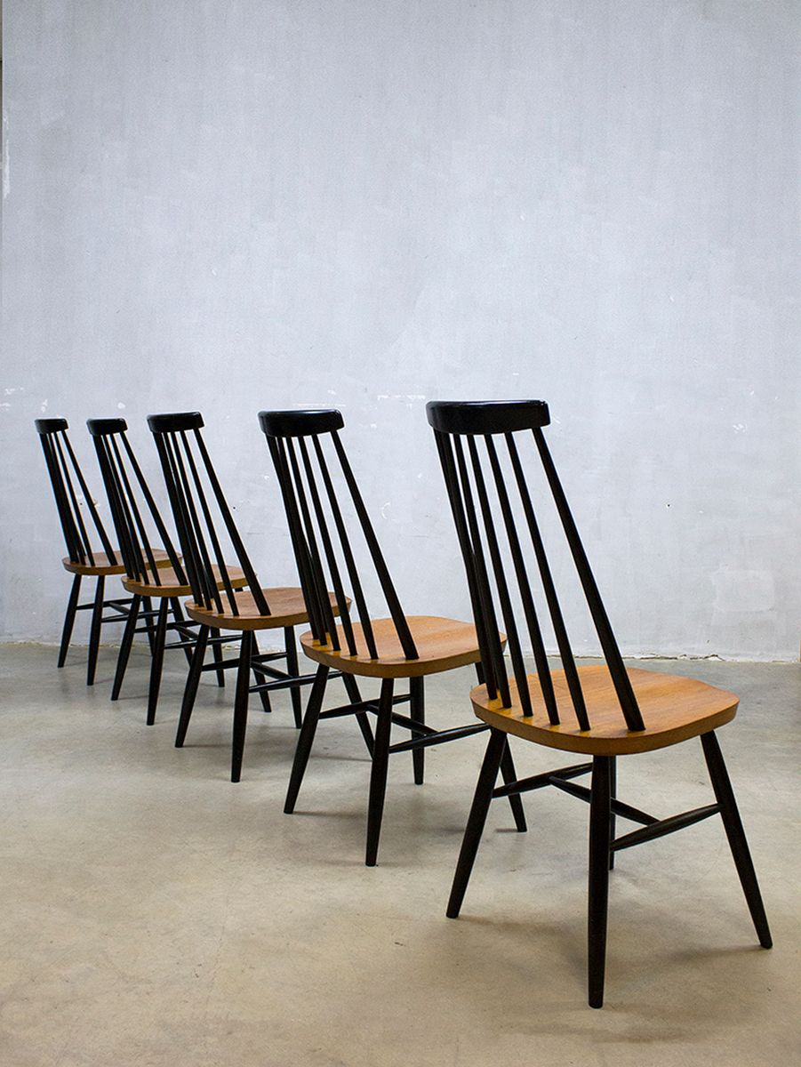 Captivating Vintage Spindle Back Mademoiselle Dining Chairs By Ilmari Tapiovaara, Set  Of 5 For Sale At Pamono