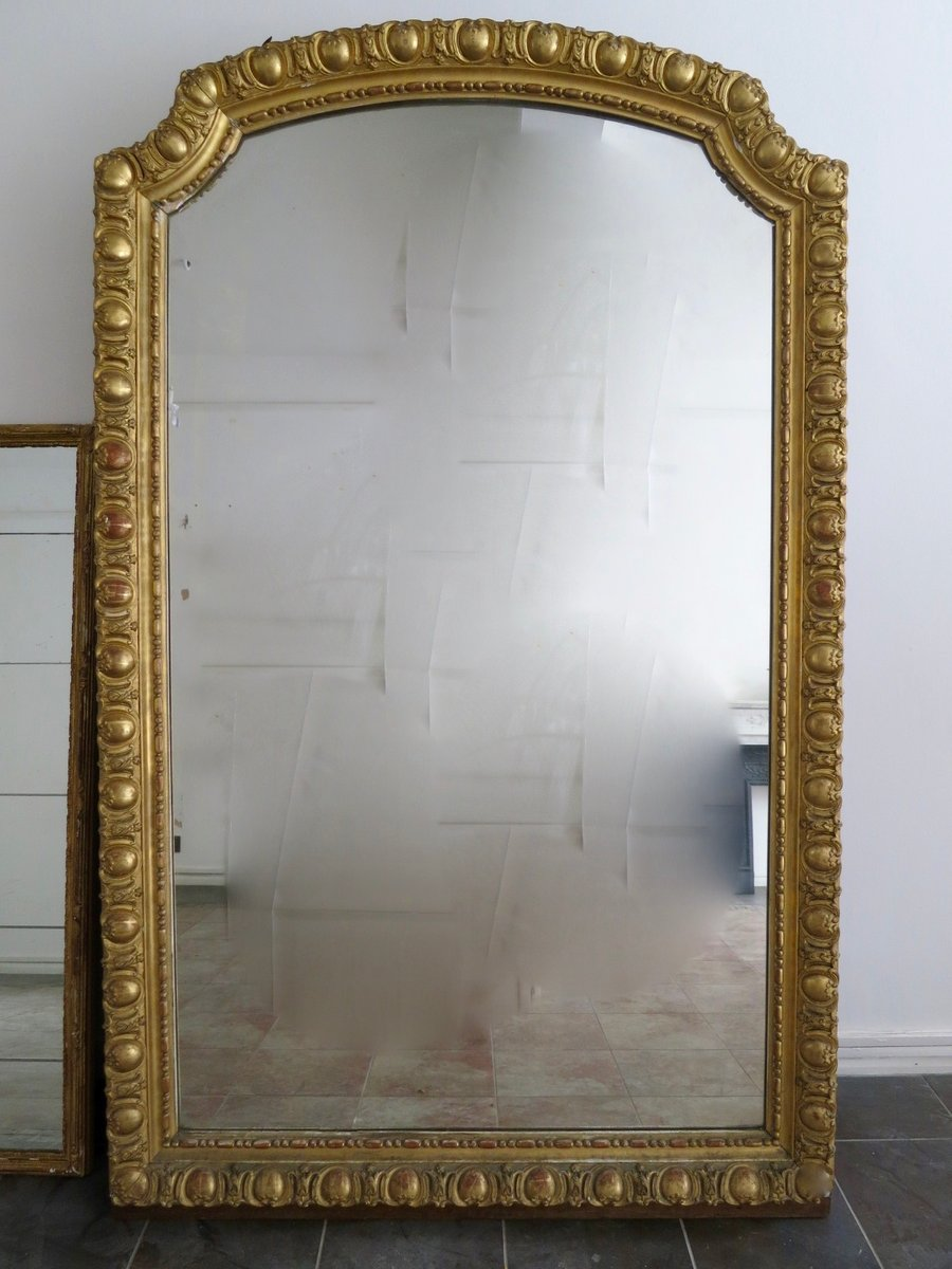 large antique french gold gilt mirror for sale at pamono. Black Bedroom Furniture Sets. Home Design Ideas