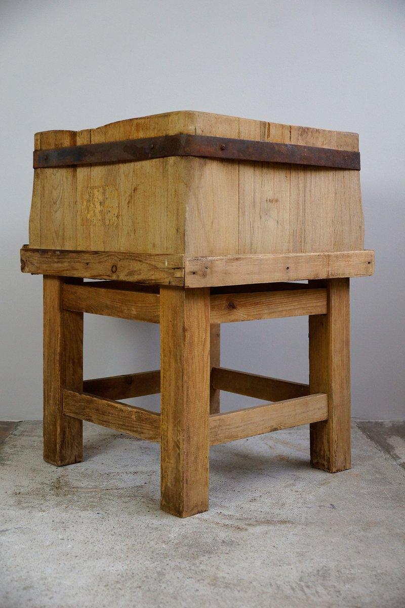 gro er metzgerblock 1930er bei pamono kaufen. Black Bedroom Furniture Sets. Home Design Ideas