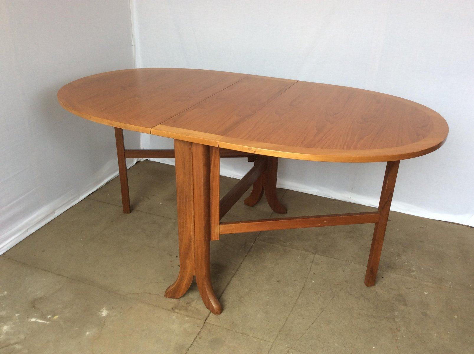 Mid Century Oval Fold Up Teak Dining Table From Nathan