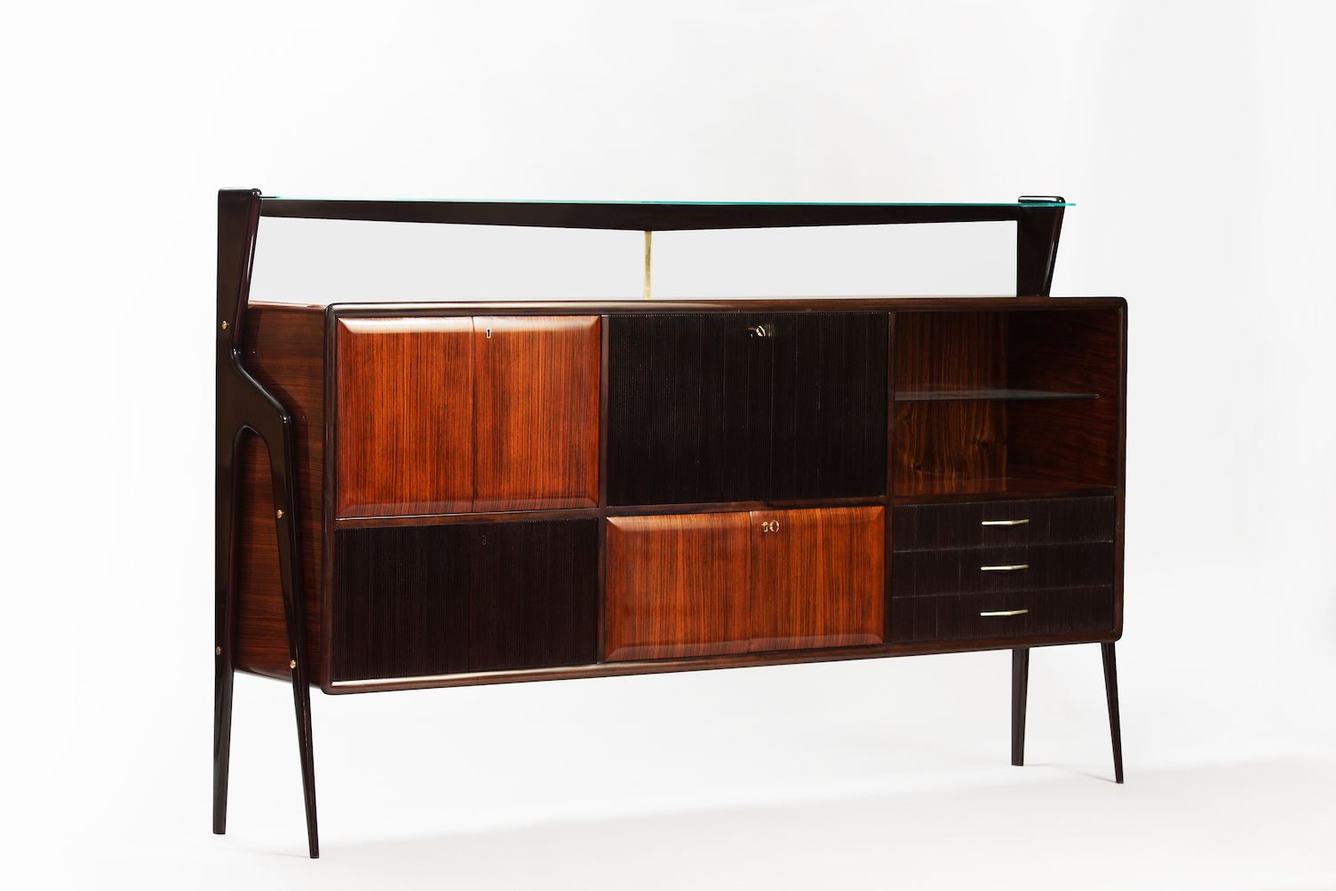 italienisches mid century sideboard mit bar bei pamono kaufen. Black Bedroom Furniture Sets. Home Design Ideas
