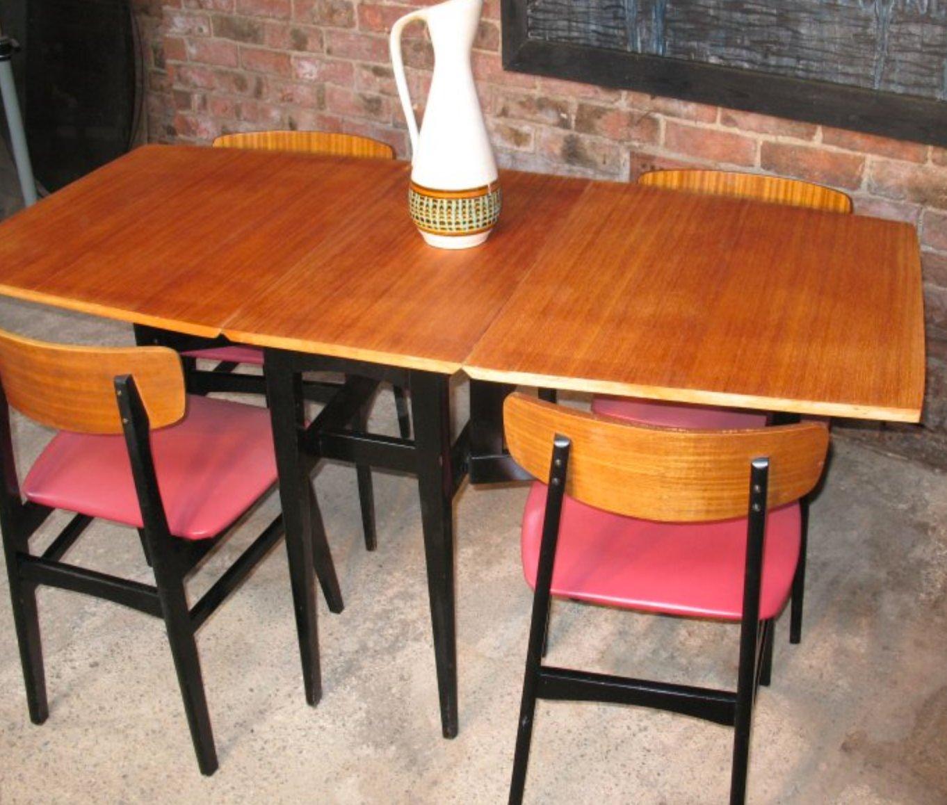 d nischer tisch und 4 st hle auf ebonisiertem fu 1950er bei pamono kaufen. Black Bedroom Furniture Sets. Home Design Ideas