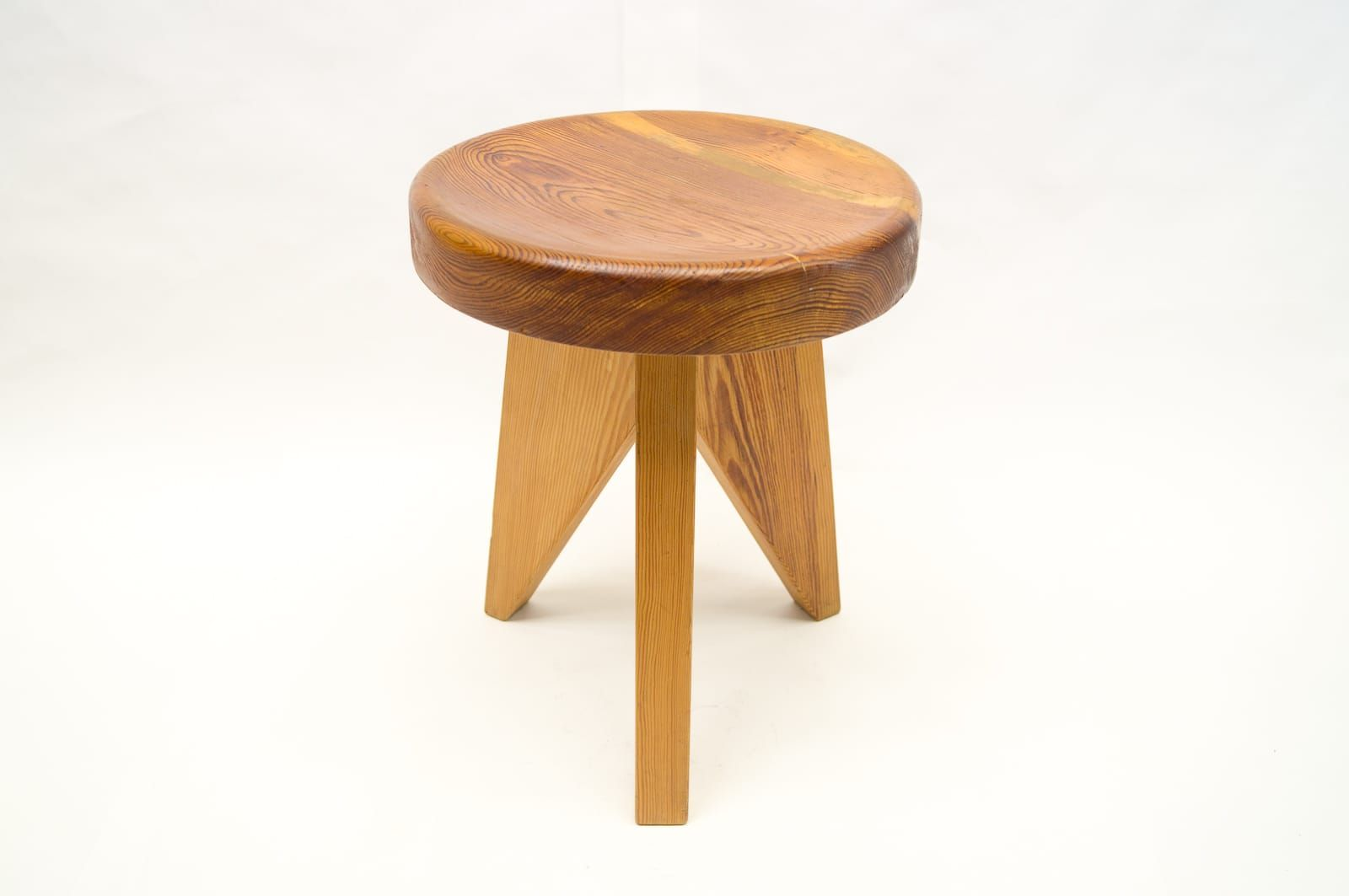 stools stool undulating wooden trends