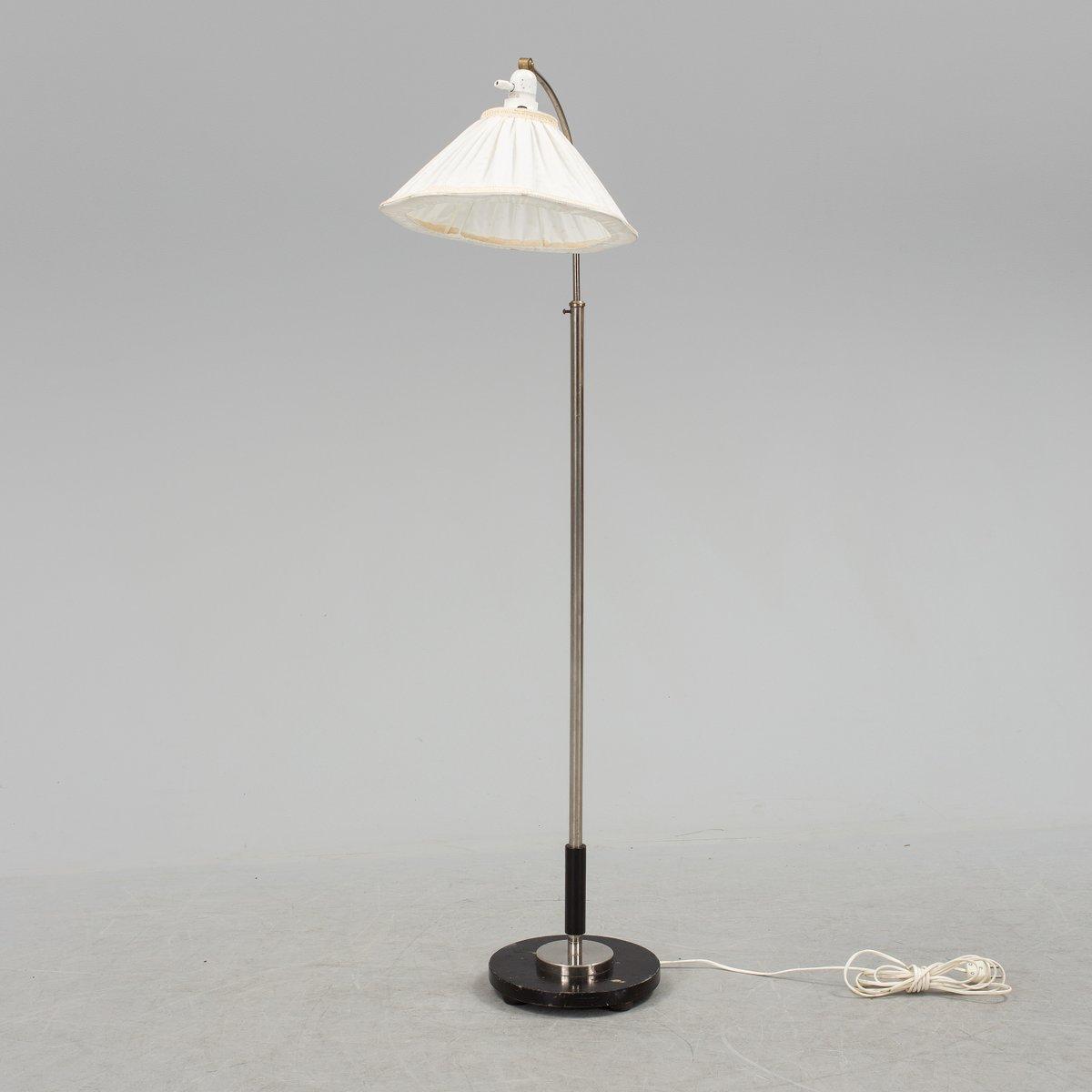 skandinavische art deco stehlampe von zenith 1930er bei pamono kaufen. Black Bedroom Furniture Sets. Home Design Ideas