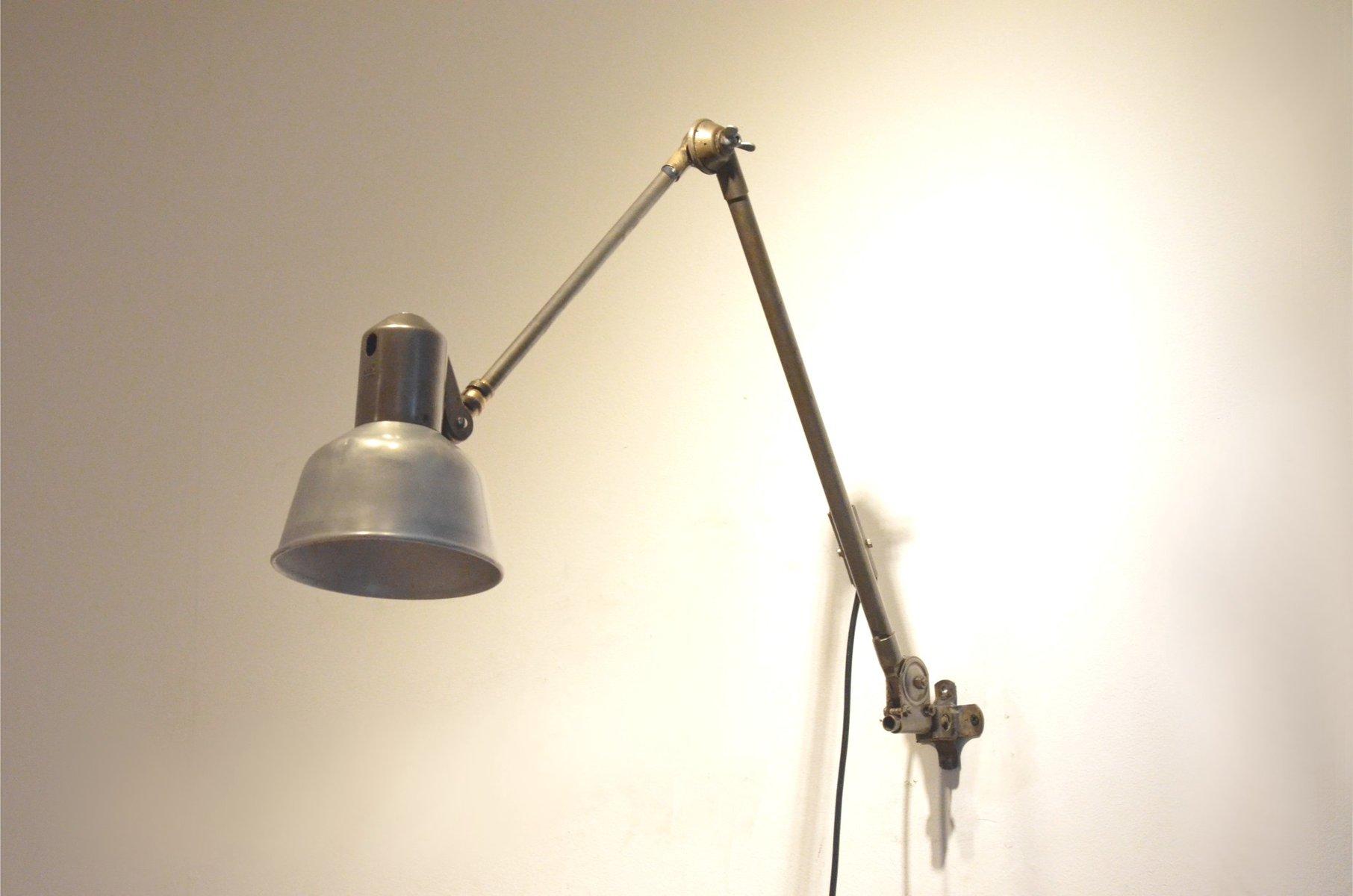lampe articul e industrielle vintage avec bras en m tal de. Black Bedroom Furniture Sets. Home Design Ideas