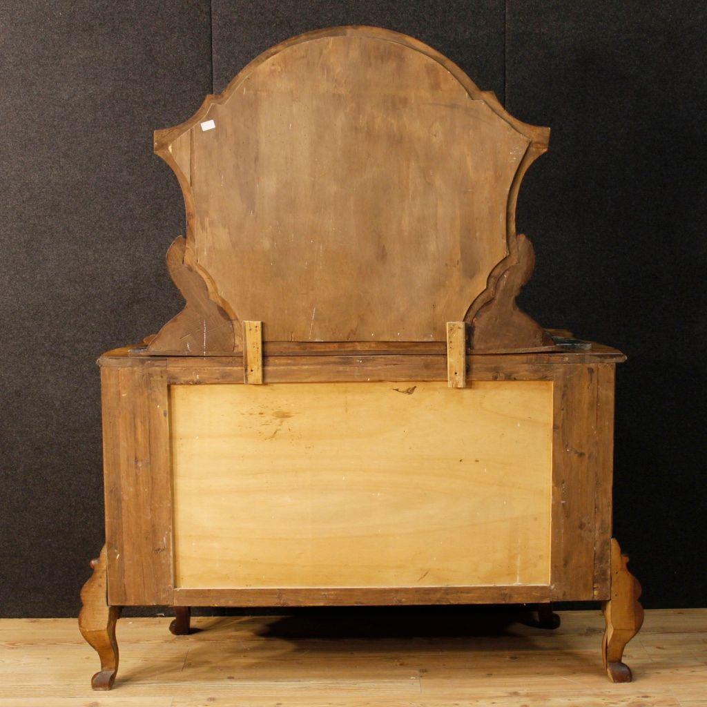 italienische mid century walnuss kommode mit spiegel bei pamono kaufen. Black Bedroom Furniture Sets. Home Design Ideas