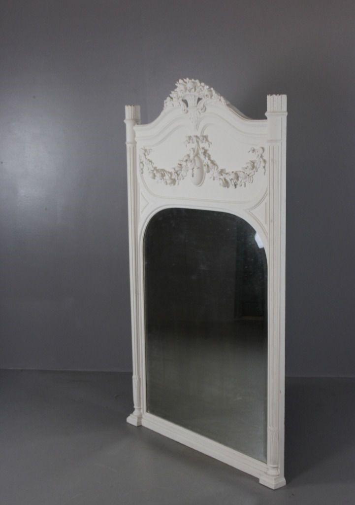 Specchio vintage con cornice bianca, Francia in vendita su Pamono