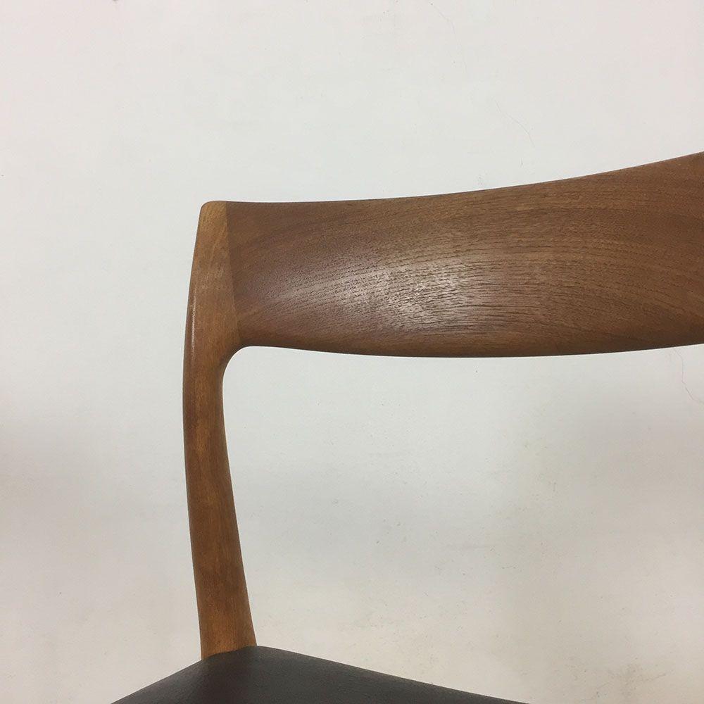 teak stuhl nr 77 von niels moller f r j l mollers 1960er 4er set bei pamono kaufen. Black Bedroom Furniture Sets. Home Design Ideas