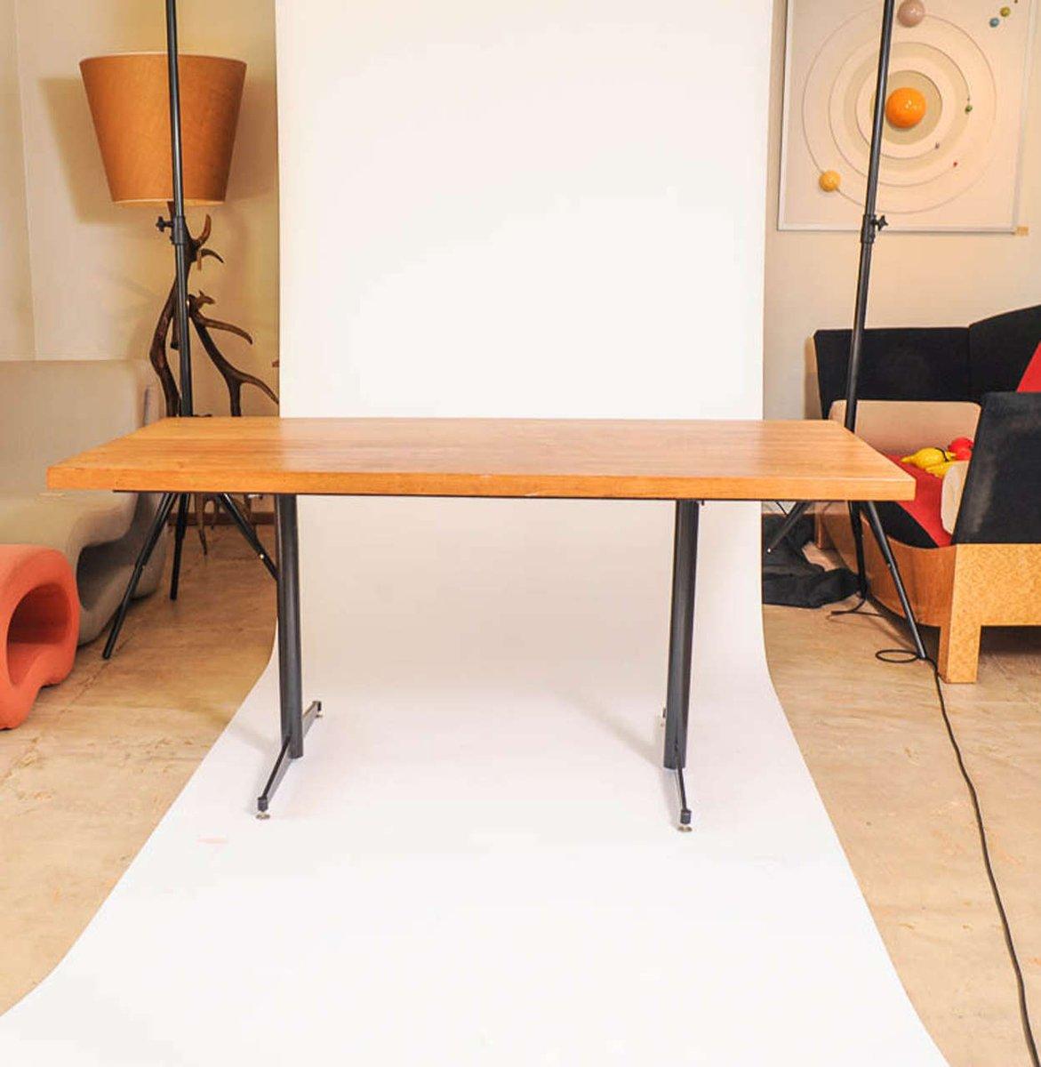 vintage esstisch aus massiver eiche schwarzem stahl bei pamono kaufen. Black Bedroom Furniture Sets. Home Design Ideas