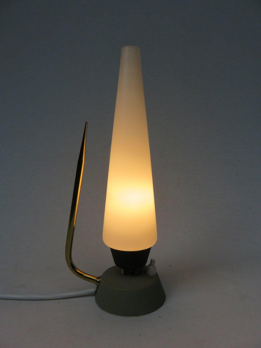 lampes de chevet en verre opalin laiton italie 1950s set de 2 en vente sur pamono. Black Bedroom Furniture Sets. Home Design Ideas