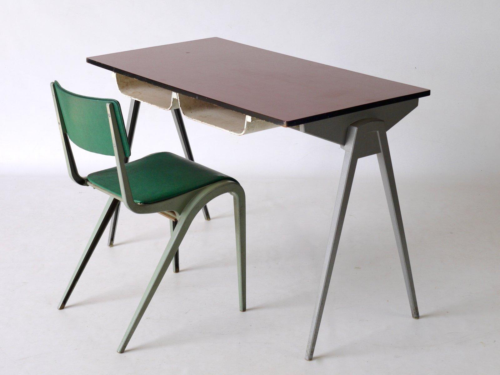 schreibtisch stuhl von james leonard f r esa 1950er bei pamono kaufen. Black Bedroom Furniture Sets. Home Design Ideas
