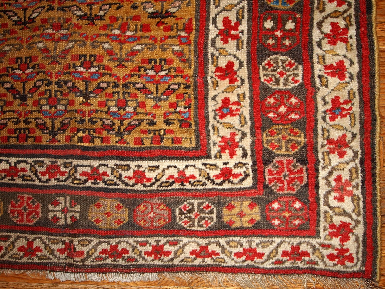 identify rug rugs decor round to persian found how mosaic