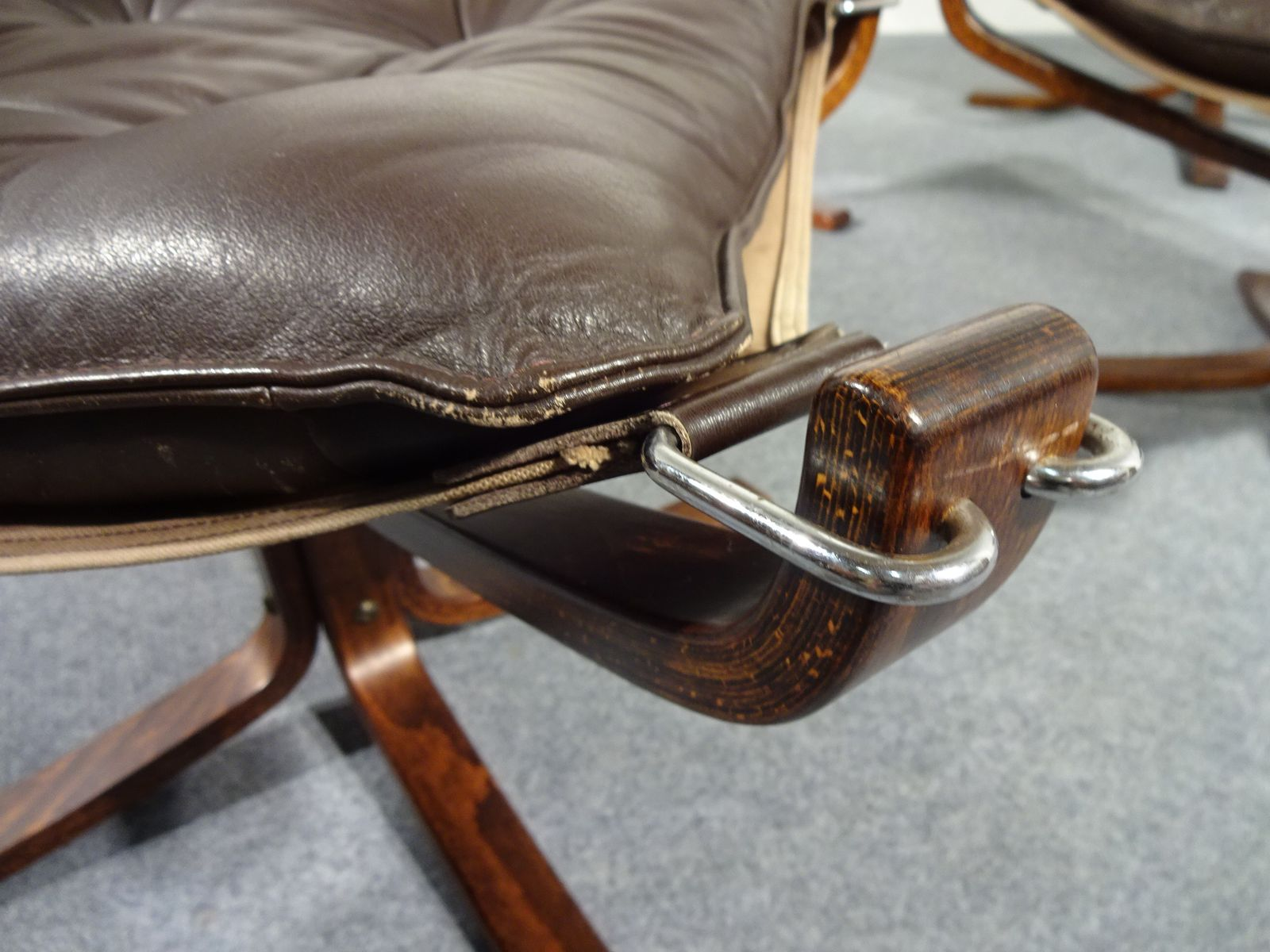 mid century falcon st hle ottomans tische von sigurd. Black Bedroom Furniture Sets. Home Design Ideas